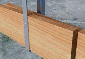 Holzlatten gesichert mit Sicherheitsschraube
